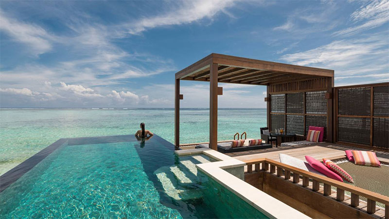 Отель Four Seasons Resort Maldives at Kuda Huraa